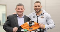 Farah presented with 250-game jersey