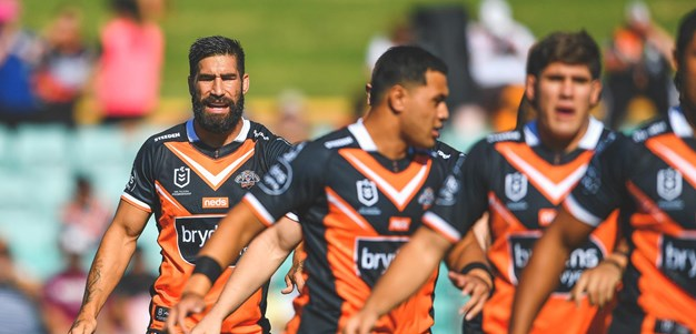 Tamou feeling the love from Wests Tigers fans