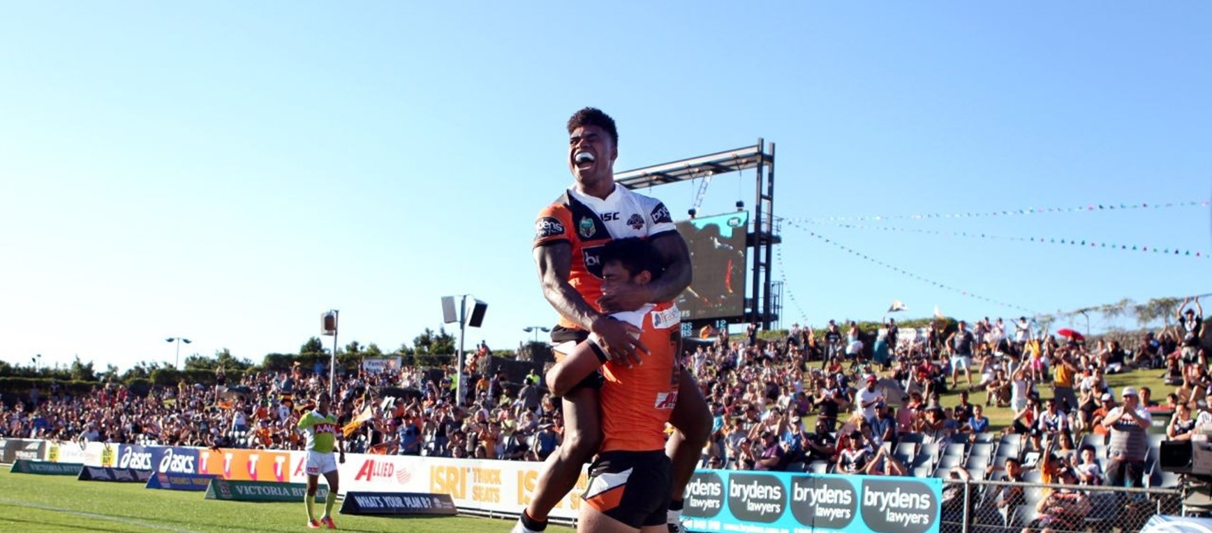 Photo Gallery: Wests Tigers vs. Warriors