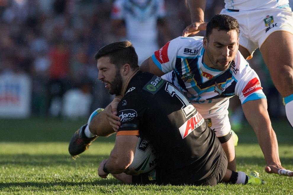 NRL Premiership - Round 23 - Wests Tigers  V Gold Coast Titans - 13 August  2016 - Campbelltown Sports Stadium, Sydney, NSW - Steve Christo