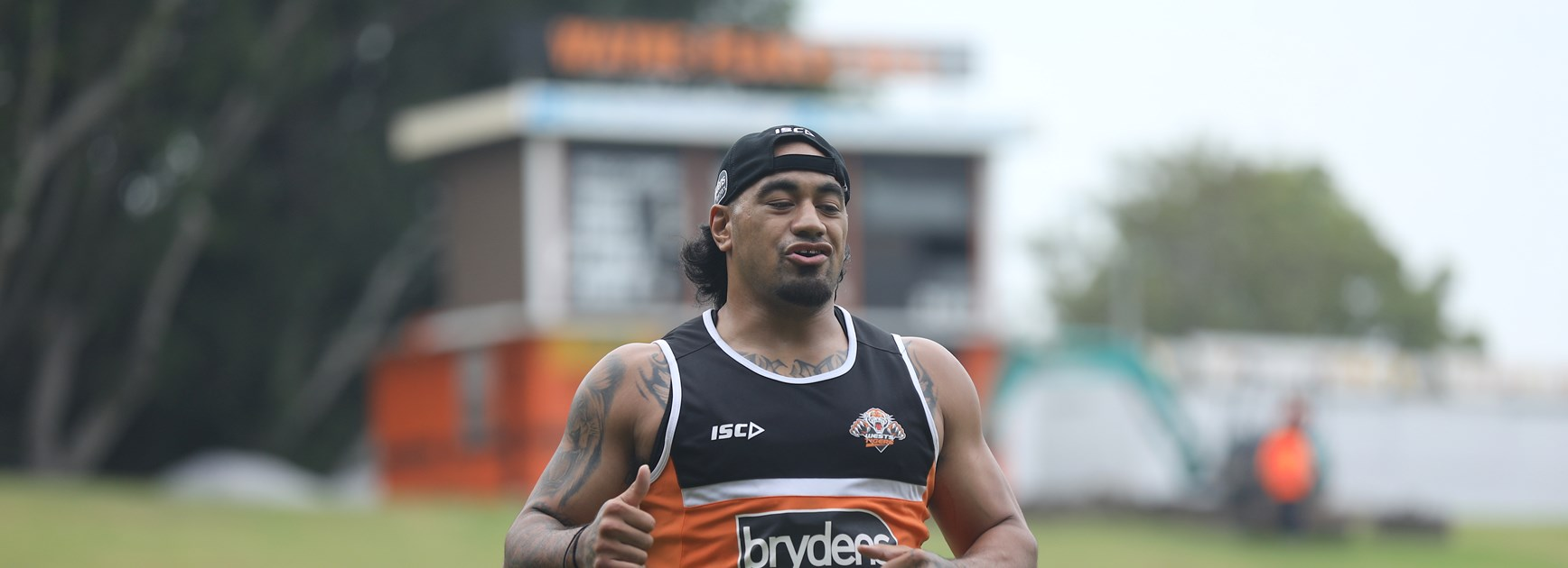 Fonua to lean on experience in NRL return
