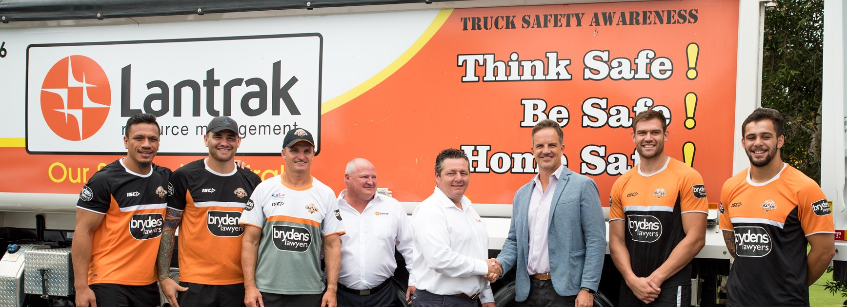 Lantrak Resource Management joins Wests Tigers as Corporate Partner