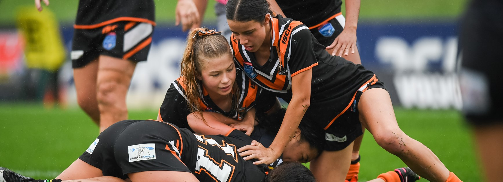 Wests Tigers storm in to finals with demolition of Panthers