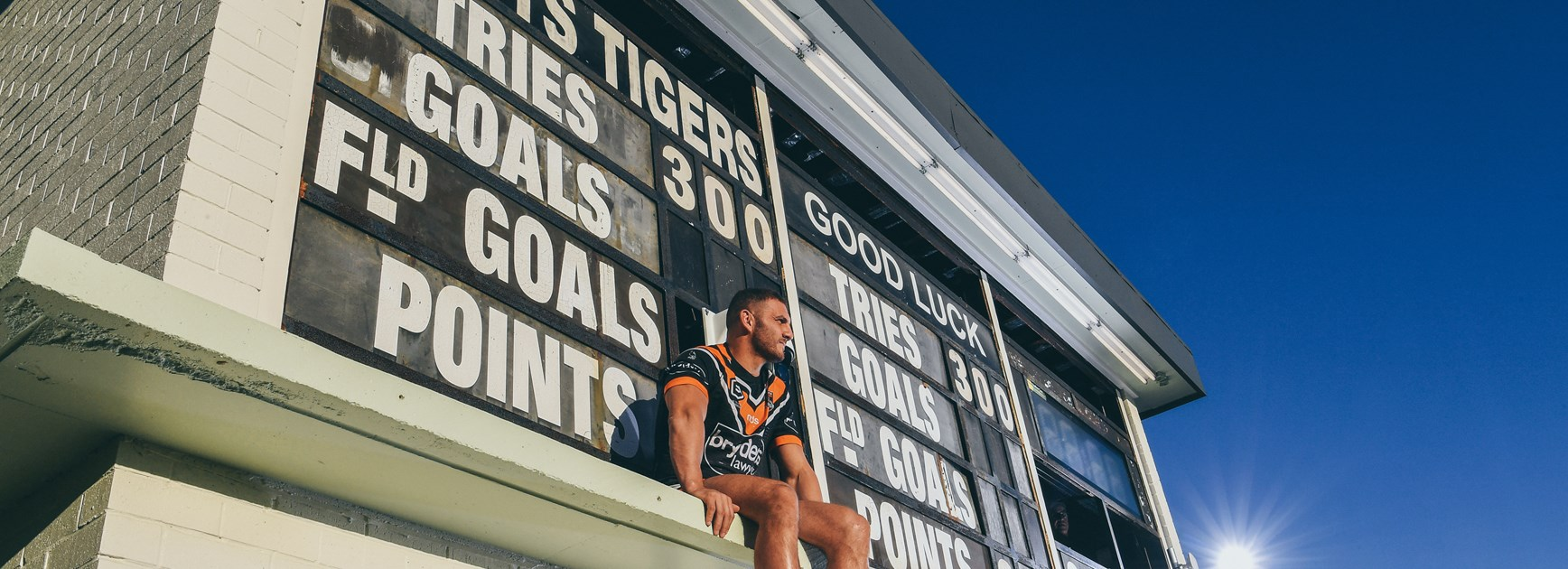 Robbie Farah will retire from the NRL at the end of the 2019 season.