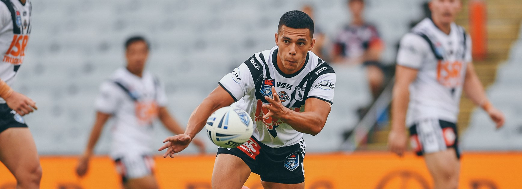 Magpies run down for thrilling draw against Dragons