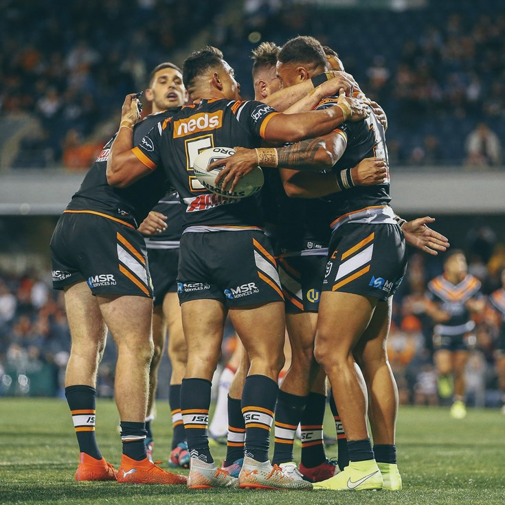 All the photos from Round 23!