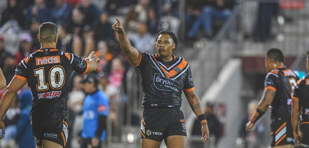NRL Bunker awards try to Luciano Leilua