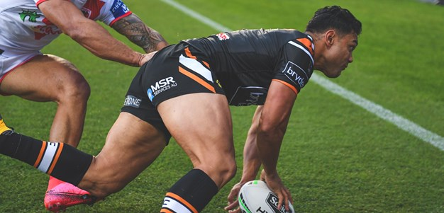 Benji produces the magic for Nofoaluma try