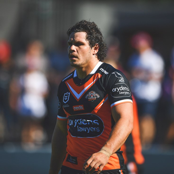 Roberts scores first try in Wests Tigers colours
