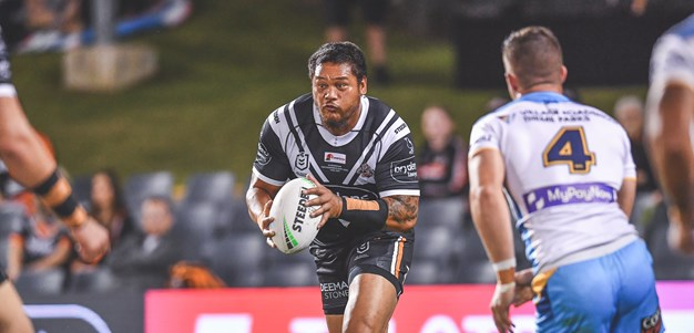 Wests Tigers go down to the Titans in Campbelltown