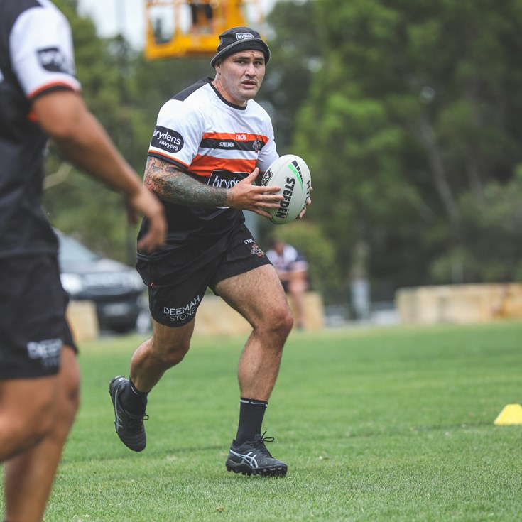 Russell Packer selected for Maori All Stars