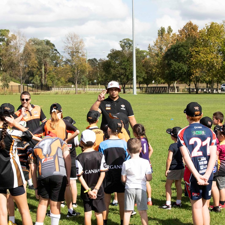 Wests Tigers host Members Junior Clinic
